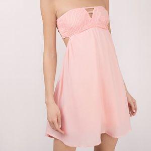 Strapless blush day dress